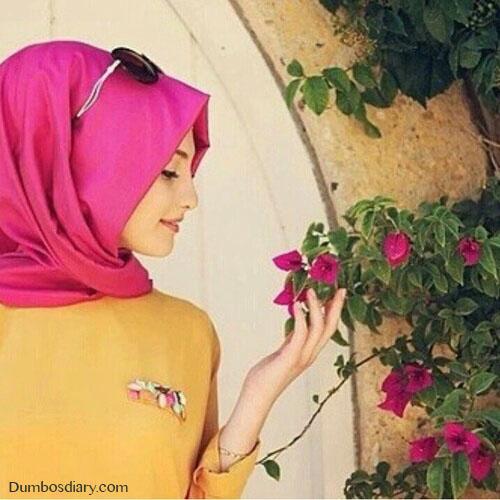 Pink hijab girl