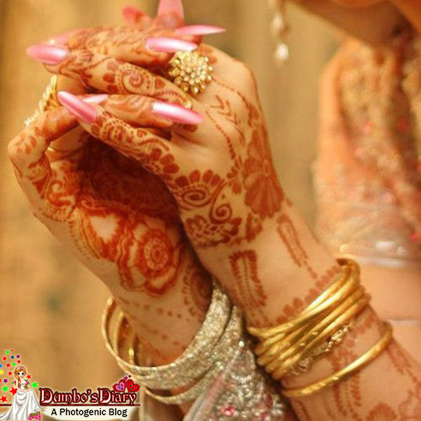 Mehndi Hands Dps : Beautiful brides photos to use as dp on social media