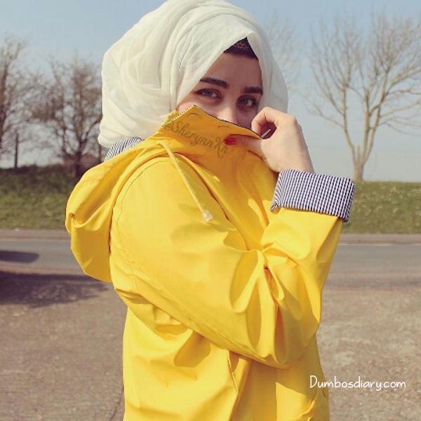 Face Cute Girl Hijab Hiding Profile