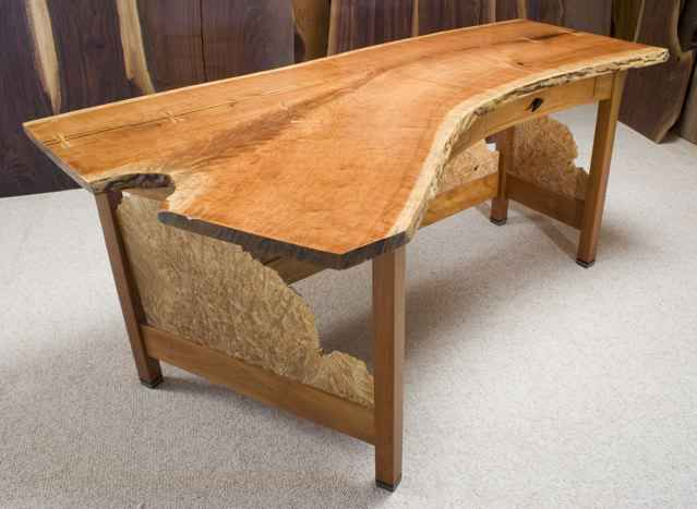 Custom Computer Desks & Credenzas: Dumond's Custom Furniture