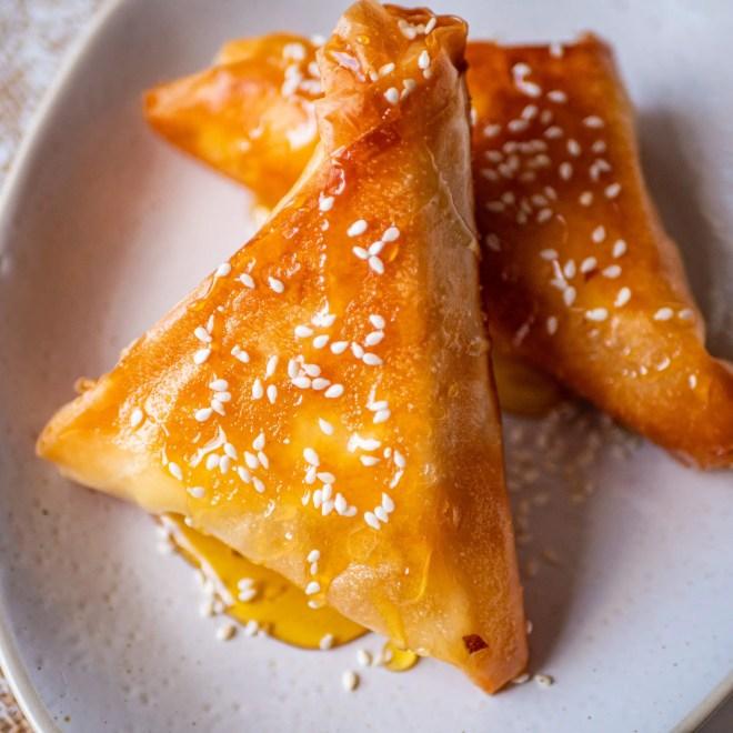 Feta me meli - Feuilleté de feta au miel - Recette grecque