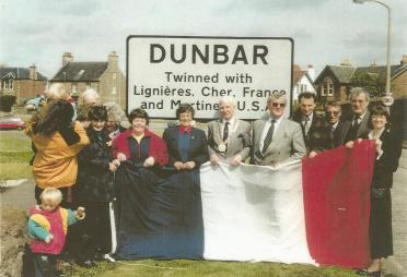 Dunbar Twinning