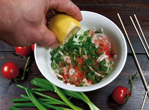 подготовка сервировки для шашлыка в духовке