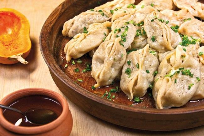 манты с тыквой, с мясной и картофельной начинкой