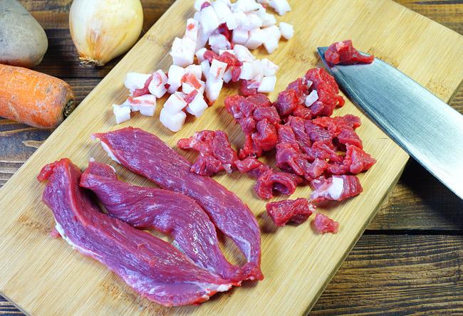 нарезка сала и мяса для рассольника