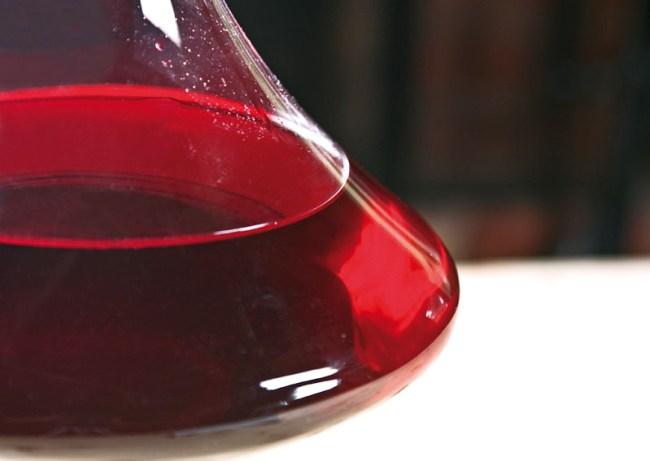 подготовка вина из малины к предварительной дегустации