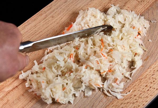 подготовка кислой капусты для щей