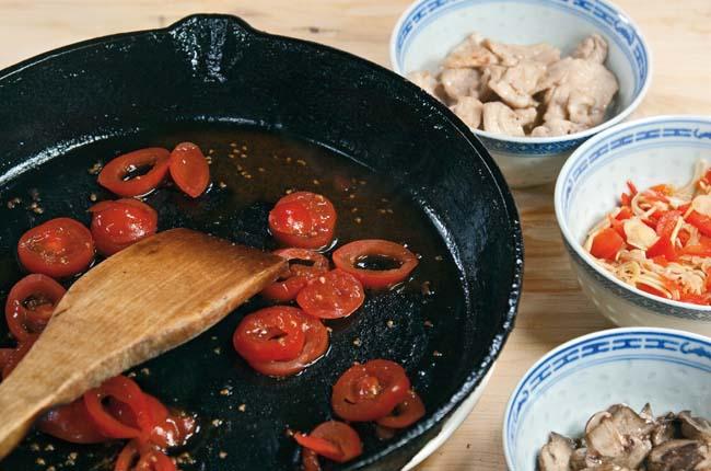 припускание помидоров для супов