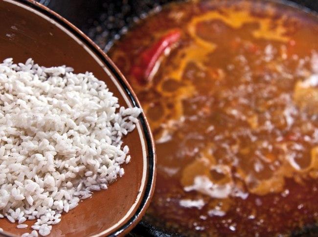 добавление риса в машхурду