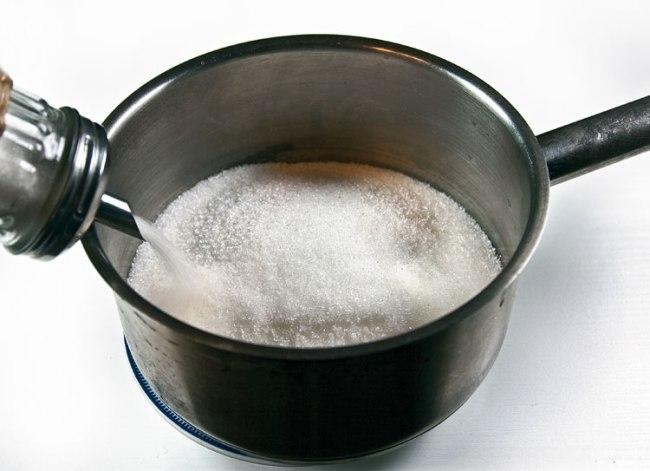 подготовка сахара для парварды