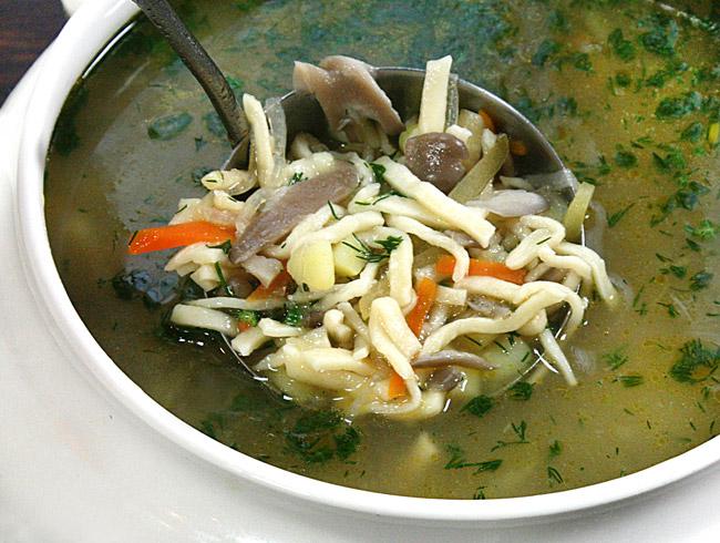 постный суп из вёшенок с домашней лапшой от www.dunduk-culinar.ru