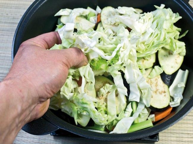 укладка капусты для бульона сборной овощной солянки
