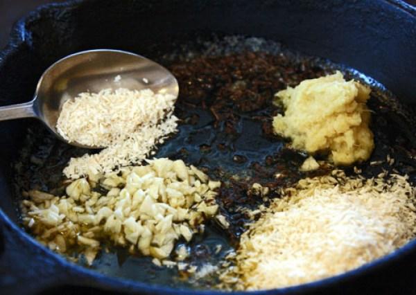 подготовка специй и пряностей для постного горохового супа