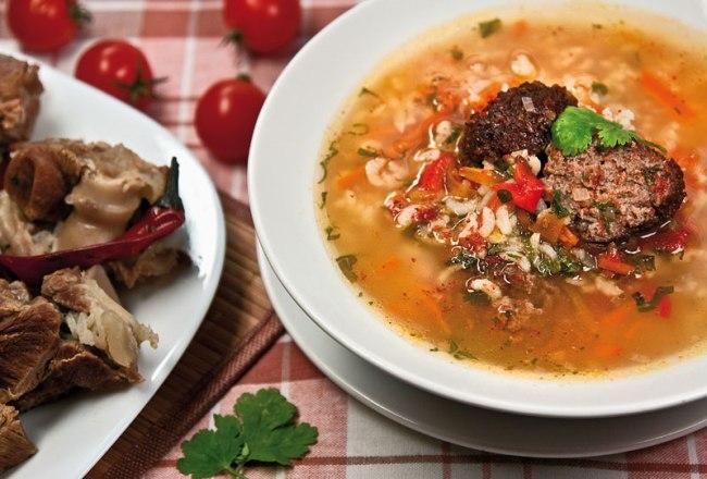 сервировка и подача маставы - узбекского рисового супа