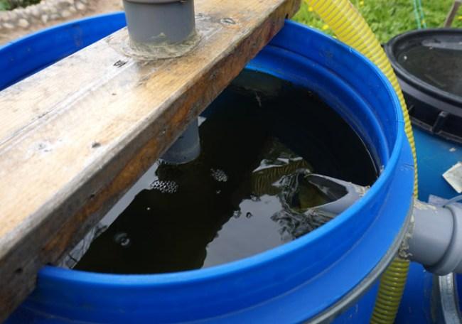 поступление воды в отстойник