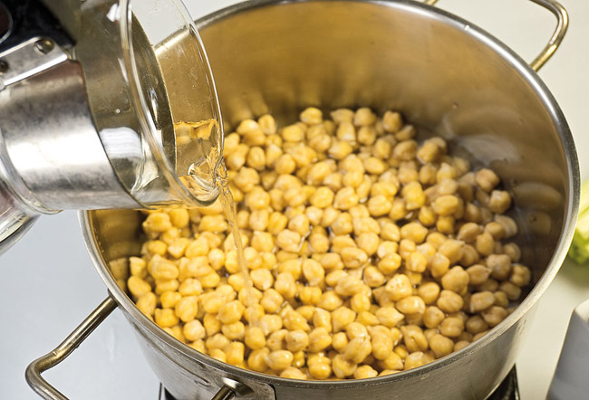 варка нута нута для горохового (нутового) супа-пюре с помидорами
