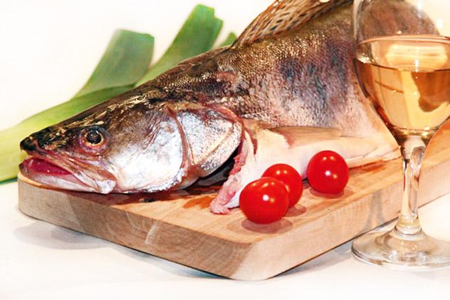 судак для заправочного рыбного супа а-ля буйабес