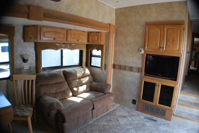 Newmar XAire 40CKSH 2010 40ft Fifth Wheel Toy Hauler