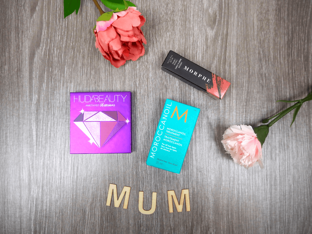 A walk through of gift ideas for mother's day from Cosmetifiy