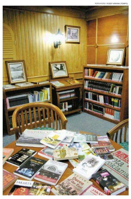 Rumah Buku Jakarta  bukunya