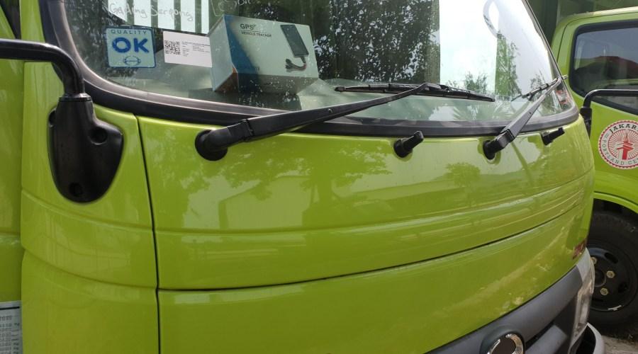 Pemasangan Gps Tracker untuk truk Hino Dutro di Pabrik Semen