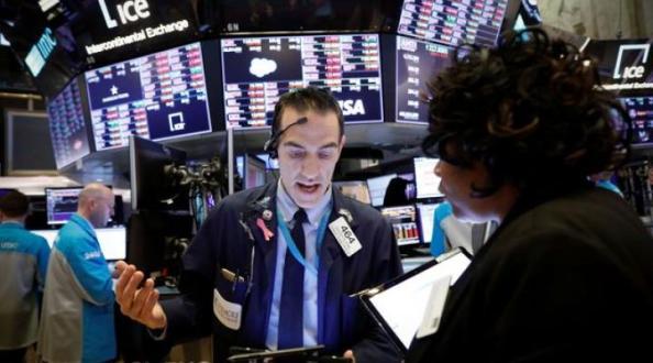 Hari Terburuk di Bursa Saham AS, Koreksi 12,9% Sehari