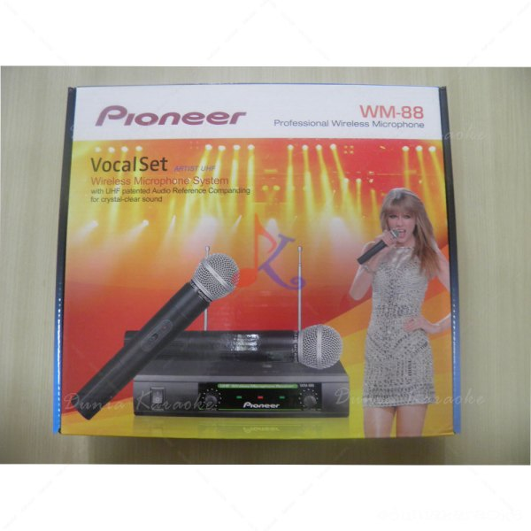 Mic-Wireless-Pioneer-WM-88