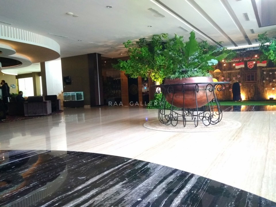 spot foto di lobi java heritage hotel