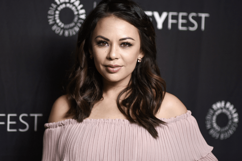 Pemeran To All The Boys I've Loved Before - Janel Parrish