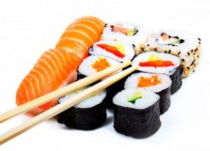 como-preparar-sushi-con-salmon
