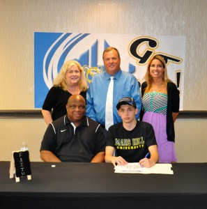 Goldman signs with Mars Hill