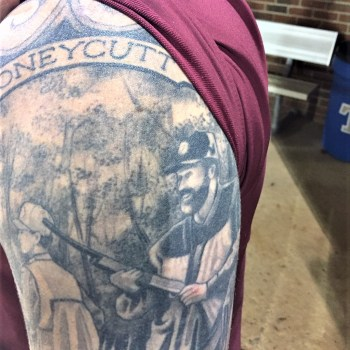 Honeycutt honors father's memory with skin art