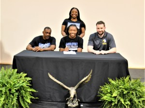 Three Eagles sign for next level