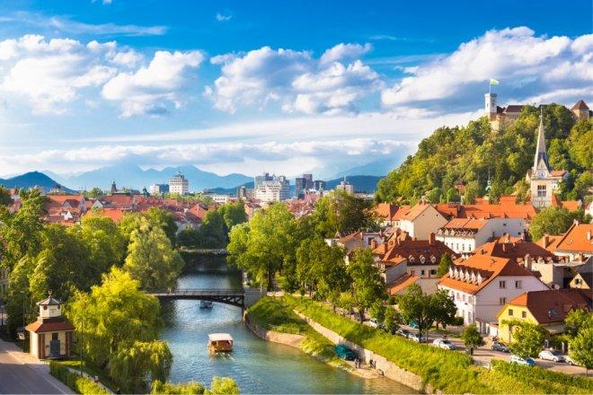 panorama-of-ljubljana-slovenia-europe-picture-id494314515