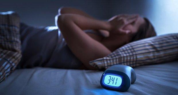 نیند نہ آنا ایک بیماری ہے جو جان لیوا ثابت ہوسکتی ہے: تحقیق