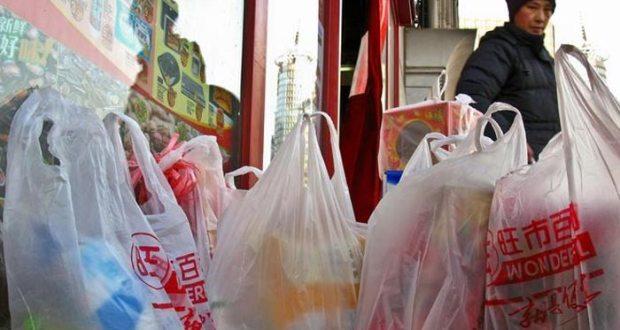 چین کا پلاسٹک بیگز اور اسٹرا پر پابندی کا اعلان