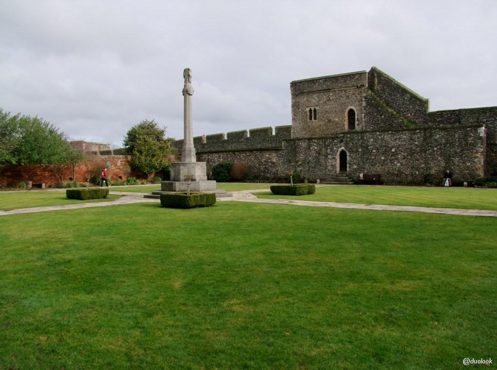 klasztor-srendiowieczne-mury-miasta-katedrami-canterbury-kent-anglia-pozdroze-025