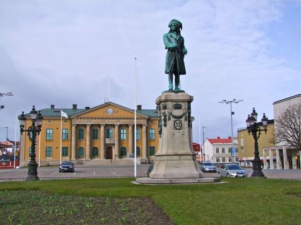 karlskrona-Stortorget-pomnik-krol-karol-xi-rynek-miasta-szwecji