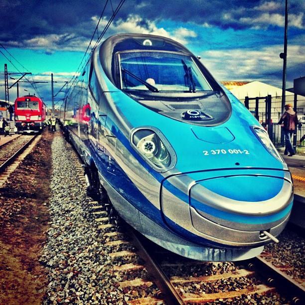 Pendolino w Polsce. Najnowszy pociąg PKP Intercity prezentowany w Gdańsku podczas Targów TRAKO na Amber Expo