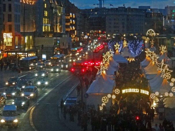 Hamburg Weihnachtsmarkt Weisserzauber Jungfernstieg