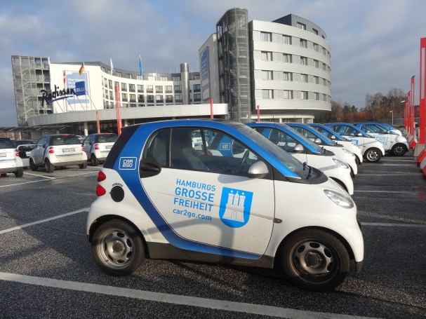hamburg-car2go-radisson-blu-hotel-airpot-lotnisko-niemcy-germany-duolook-smart-mercedes-eco-car