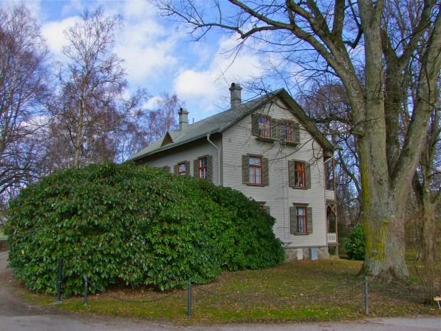 Ronneby-Brunnspark-park-drewniane-wille-zdroj-kurort-blekinge-szwecja-ogrod-piekny