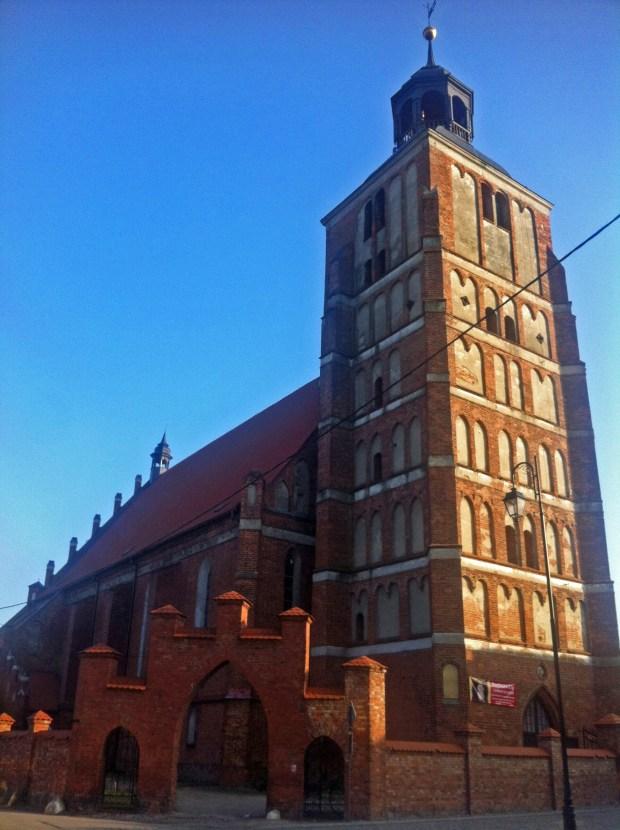 barczewo-kosciol-gotycki-sw-anny-atrakcje-turystyczne-warmia