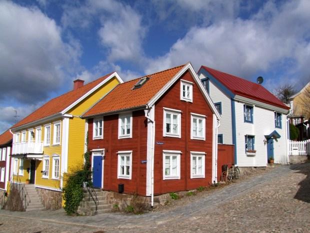 szwedzkie-domki-drewniane-Bergslagen-ronneby-blekinge-szwecja-atrakcje