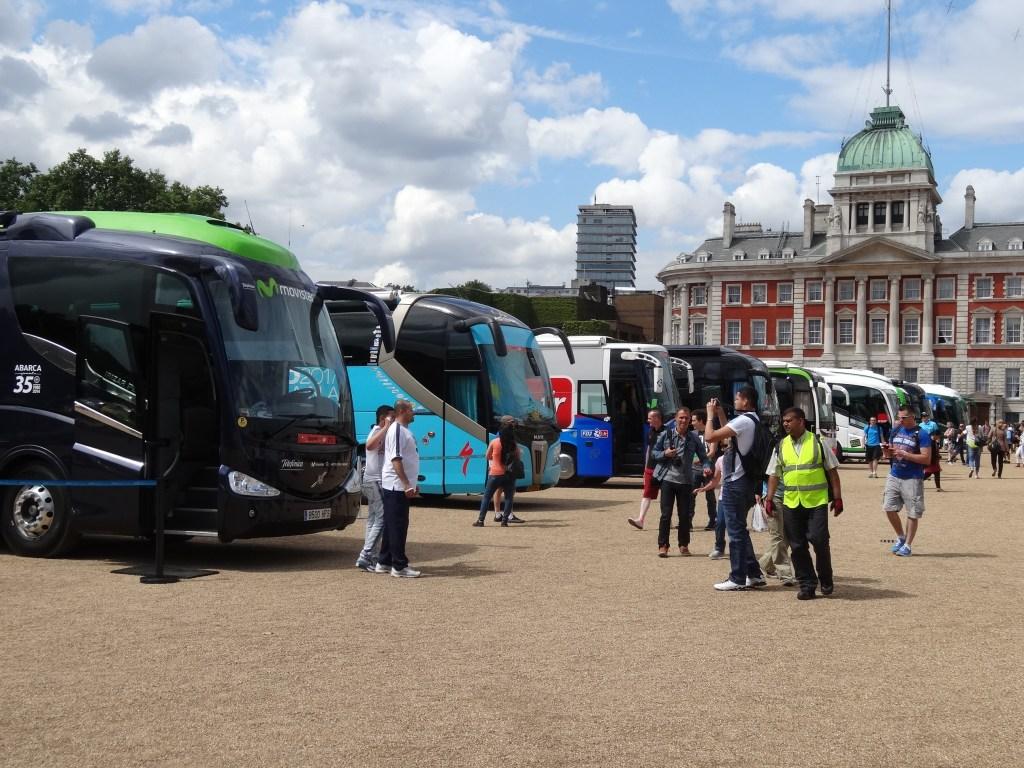 london-tour-de-france-bus-team-zwiedzanie-atrakcje-w-londynie-horse-guards-palace