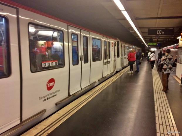 barcelona-komunikacja-miejska-tmb-metro-kolejka-02