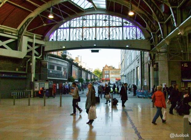 londyn-stacja-paddington-mis-pociag-komunikacja-pamiatki-wielka-brytania-paddingtontrail-atrakcje-dla-dzieci-anglia-00014