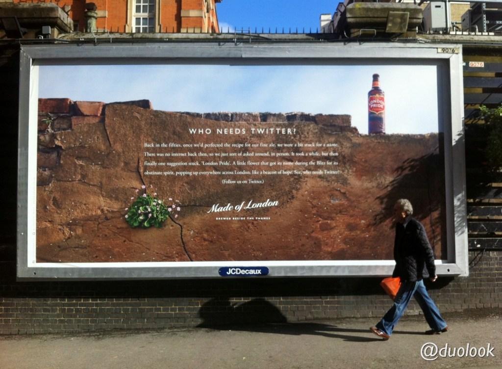 paddington-londyn-wielka-brytania-londonpride-twitter-reklama-przy-dworcu-kolejowym-00017