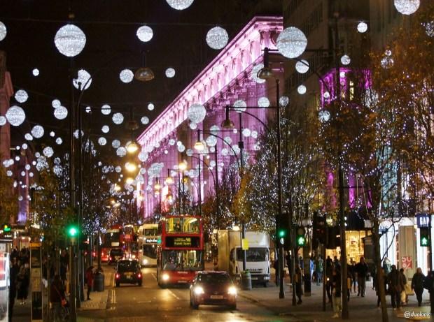 selfridges-oxford-street-londyn-swieta-bozegonarodzenia-atrakcje-zima-zakupy-w-londynie-swiateczne-grudzien-41