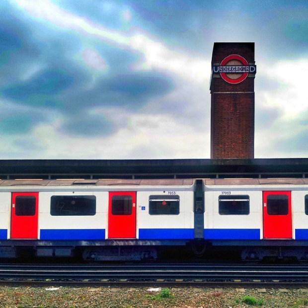 Instameet-Londyn-Gdansk-Instagram-weekend-w-londynie-chiswick-park-tube-metro-stacja